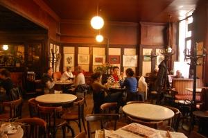 Interior del Cafe Hawelka