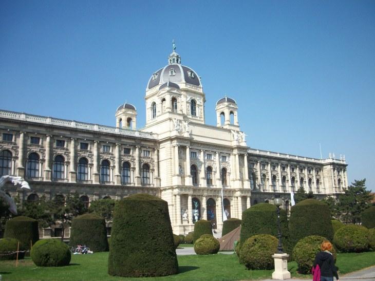 El museo de Historia Natural y el museo de Historia del Arte: los ...